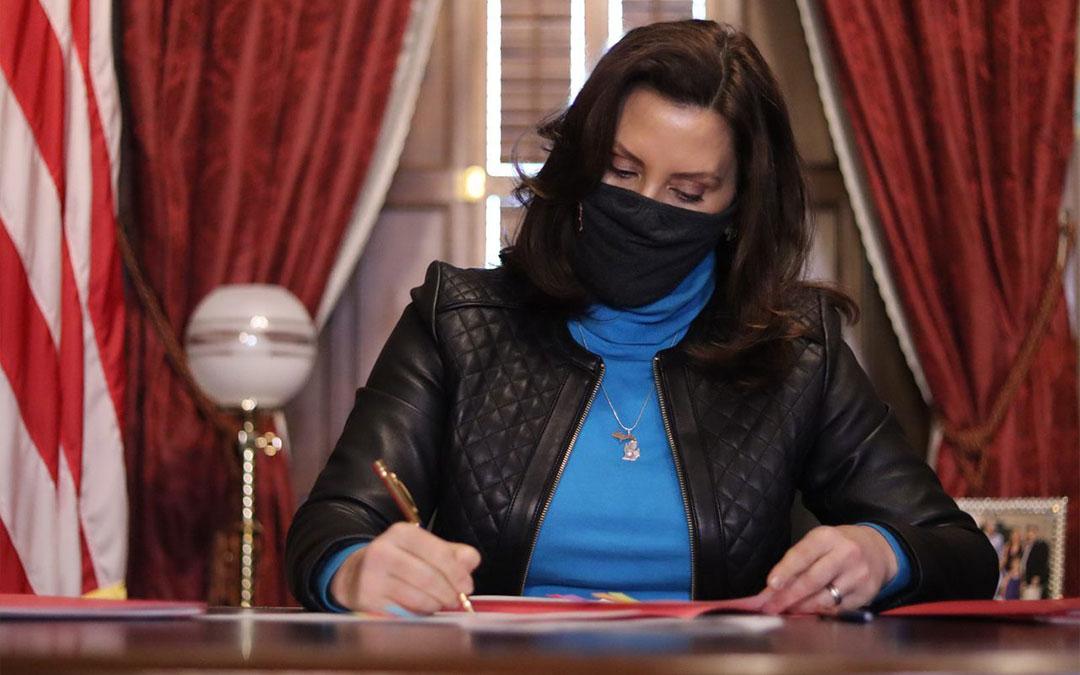 Governor Signs$106 MillionRelief Bill & Bills Extending Unemployment Benefits to 26 Weeks
